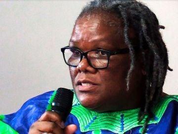 Phumzile Mabizela, una popular reverenda feminista de Sudáfrica