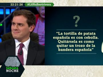 Andrea Ropero somete a Albert Rivera al juego 'Quién dijo qué' sobre políticos (con pillada incluida)
