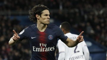 Cavani celebra el 1-0 contra el Toulousse