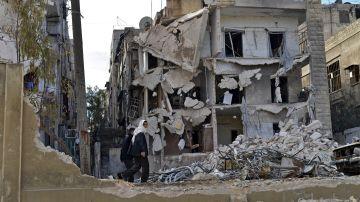 Imagen de archivo de una casa destruida en Alepo