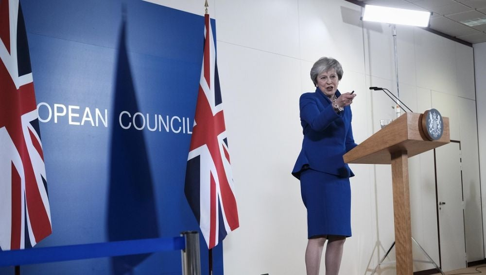 Theresa May ante los medios