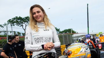 Sophia Floersch antes de disputar el Gran Premio de Macao