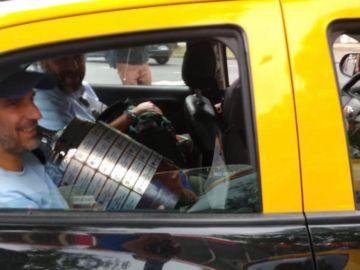 La Copa Libertadores abandona El Monumental en taxi