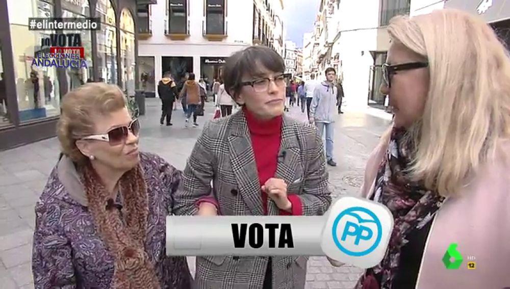 """""""¿La intención de voto se ve de lejos como las peinetas de las folclóricas?"""": lo descubrimos en Sevilla con 'Lo vota, no lo vota'"""