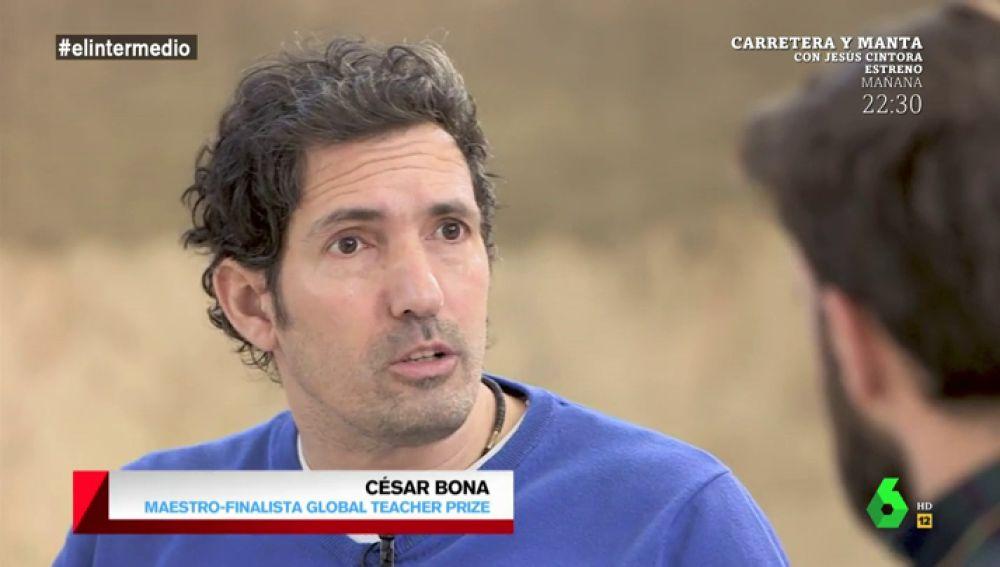 """César Bona: """"No podemos ver a los niños como recipientes que tenemos que llenar. Son seres sociales y hay que escucharles"""""""