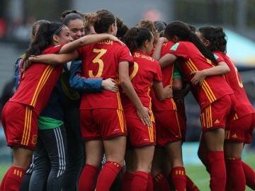 La selección española Sub-17 celebra su victoria
