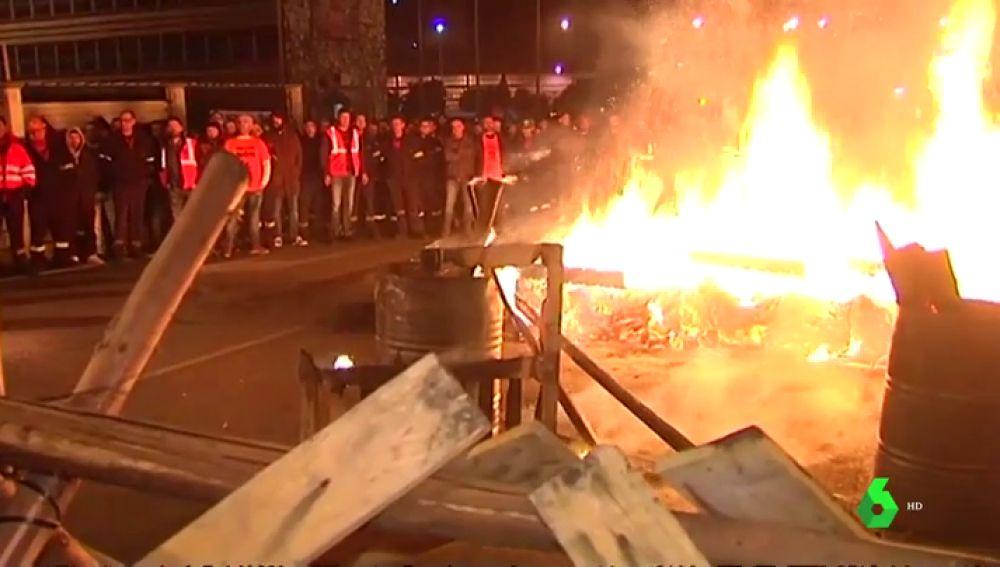 Los trabajadores de Alcoa inician una huelga de 24 horas por el ERE que afecta a 700 empleados