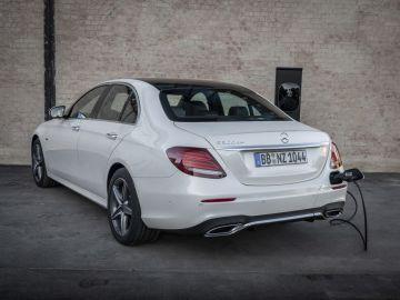 Mercedes E300de zona trasera