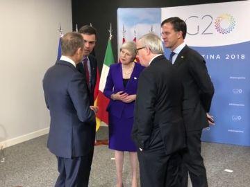 Los líderes europeos preparan el G-20 sin Merkel, que llegó tarde por fallos en su avión