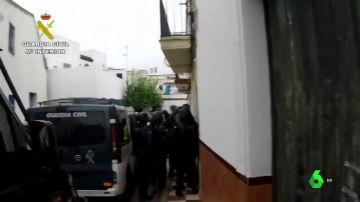 Detenidos en Sevilla por robar armas