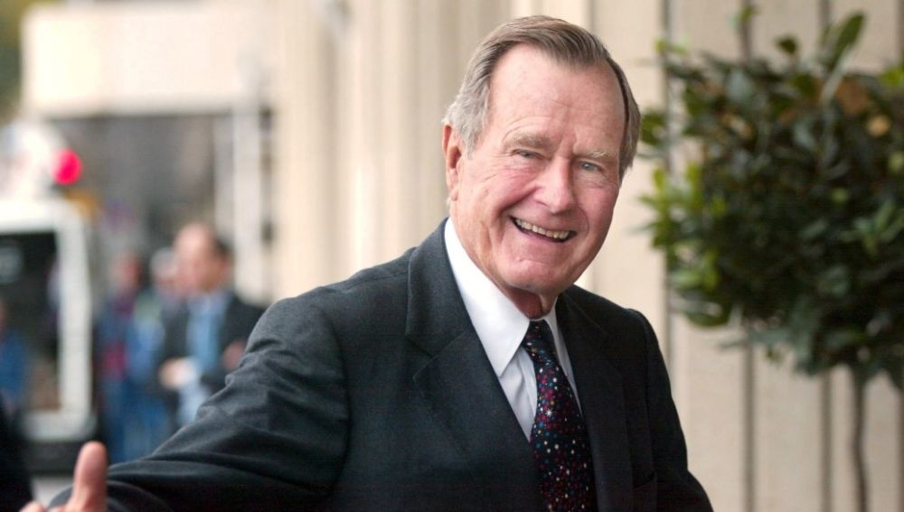 Imagen de archivo del expresidente de Estados Unidos George H.W. Bush
