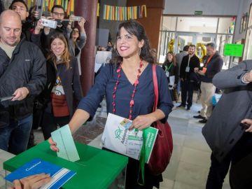 Teresa Rodríguez acude a votar en las elecciones andaluzas