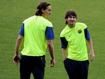 Ibrahimovic junto a Messi en su temporada en el Barcelona