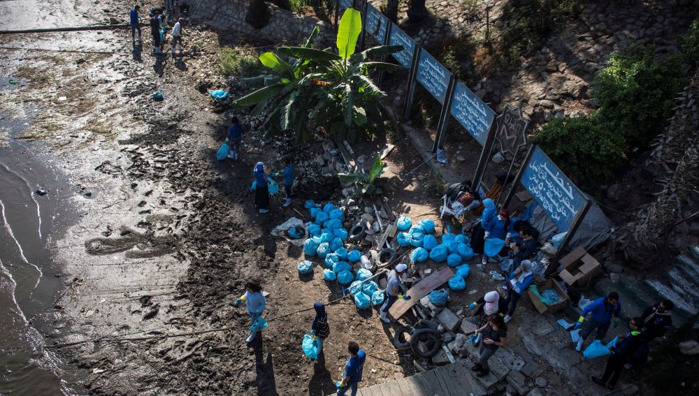 Limpiando el Nilo