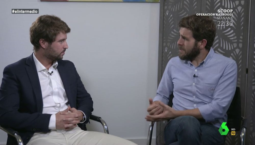 Gonzo entrevistando a Alejandro Villena