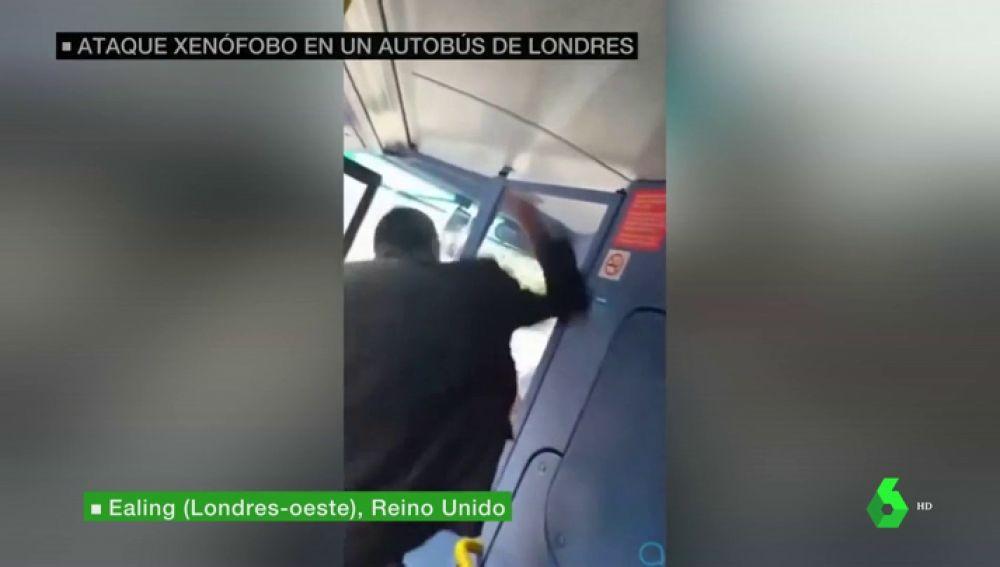 Agresión racista en un autobús de Londres