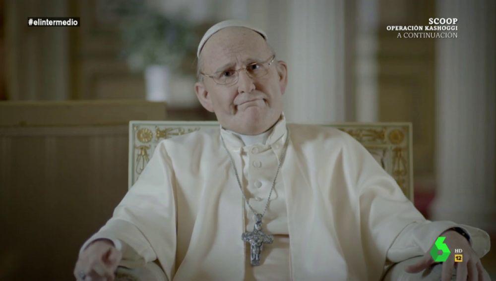 """Joaquín Reyes se convierte en Francisco, """"el papa más querido de la historia"""": """"Era el enrollado, pero ahora estáis todo el día criticándome por lo de la pederastia"""""""