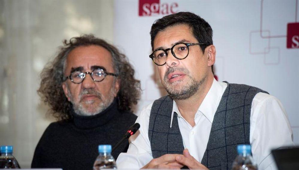 El Presidente de la SGAE, José Ángel Hevia, junto a Teo Cardala.