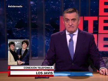 """Los Javis interrumpen el directo de El Intermedio para hablar con Wyoming: """"Te vemos muy bien en el papel de monja superior en 'La Llamada"""""""