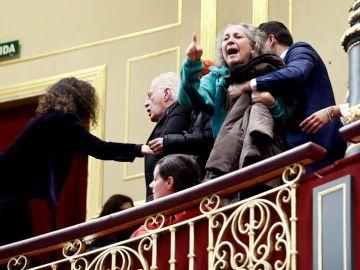 Miembros de la PAH son desalojados del Congreso