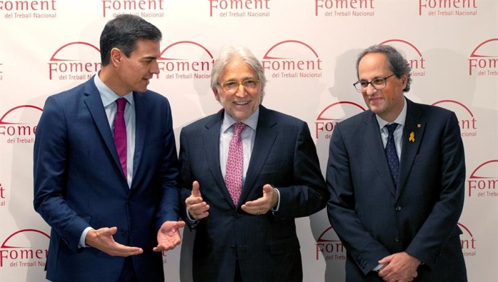 El presidente del Gobierno, Pedro Sánchez con el presidente de la Generalitat de Cataluña, Quim Torra