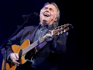 Serrat en concierto en Barcelona