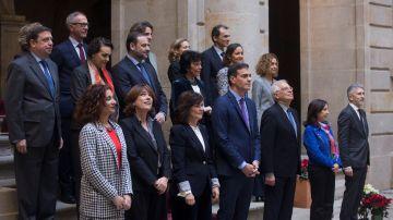 Foto de familia del Consejo de Ministros en Barcelona