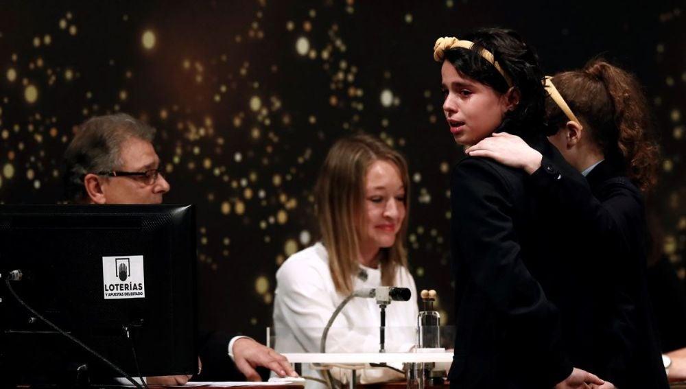 Carla García y Aya Ben cantando El Gordo en 2018