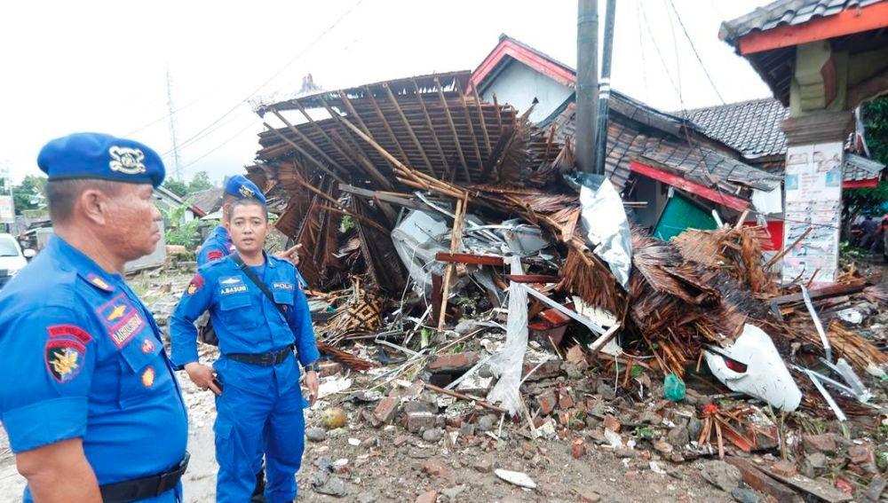 Imágenes de una zona arrasada por el tsunami de Indonesia
