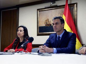 El presidente del Gobierno, Pedro Sánchez y Margarita Robles