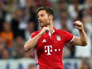 Xabi Alonso, durante un partido con el Bayern