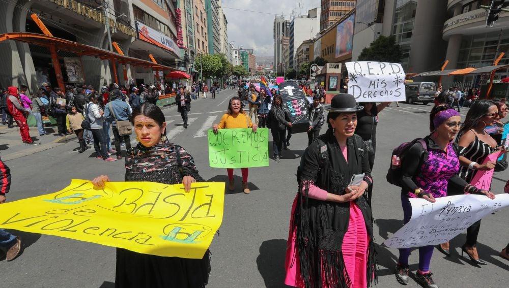 Manifestación en contra de los delitos de odio en Bolivia