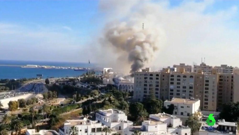 Al menos seis muertos y once heridos en un ataque contra el Ministerio de Exteriores libio