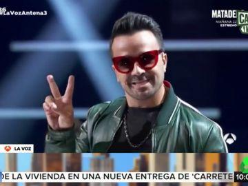 Luis Fonsi imita a Paulina Rubio