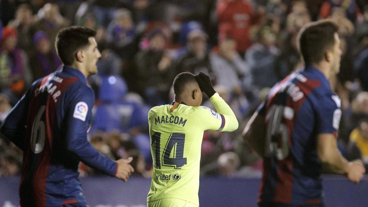 4455f88738a0e Minuto a minuto  Así vivimos el Levante 2-1 Barcelona