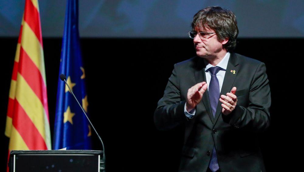 El PDeCAT se reunirá con Puigdemont