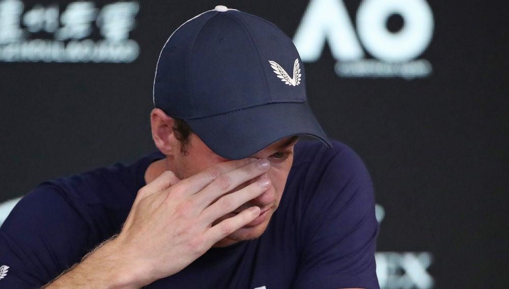 Andy Murray, emocionado, anuncia su retirada