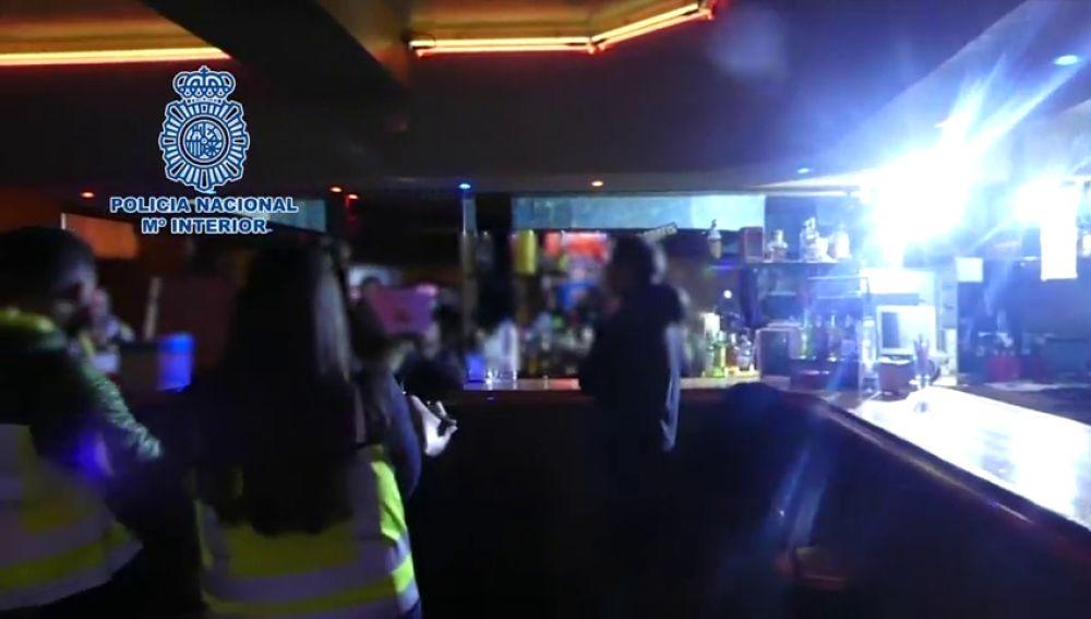 La Policía libera a una mujer con discapacidad que era prostituida en un club de Ávila