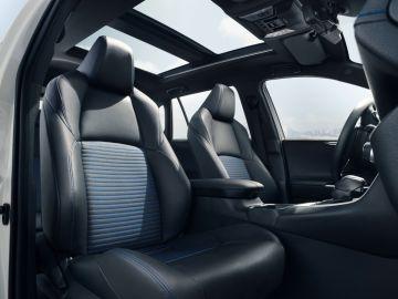 Toyota RAV4 asientos piloto y copiloto