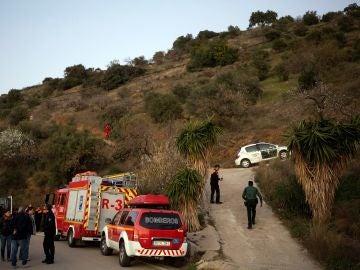 Miembros de la Guardia Civil, Proteción Civil, Bomberos coordinan el dispositivo de rescate del niño de 2 años