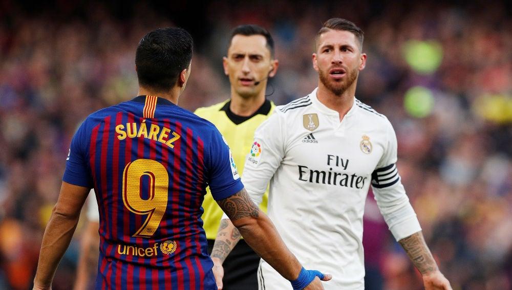 La Liga pide jugar el Clásico en Madrid por tensiones en Cataluña