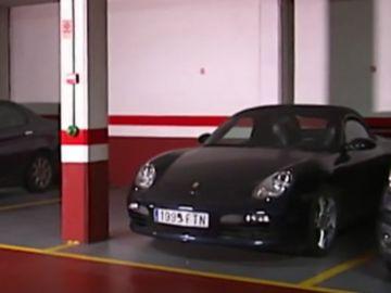 Un Porshe Boxster 911 y un Alfa Romeo, okupas en A Coruña