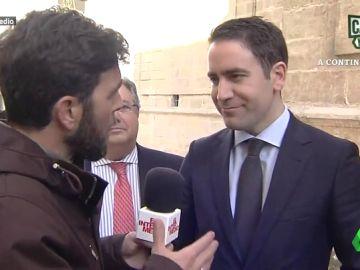 Gonzo entrevista a Teodoro García Egea
