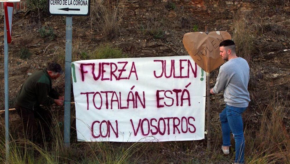 Concentración y marcha que los vecinos de Totalán