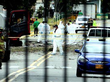 El lugar donde un coche bomba causó una explosión