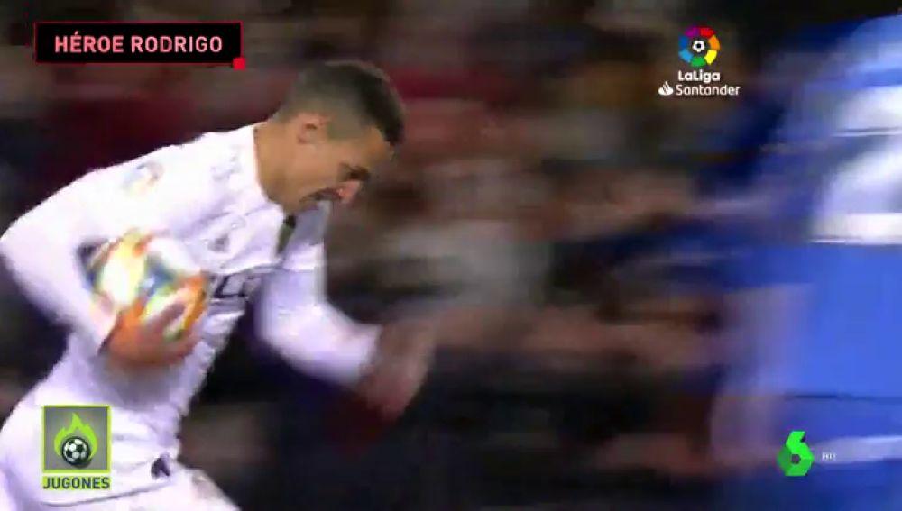 Rodrigo salvó al Valencia