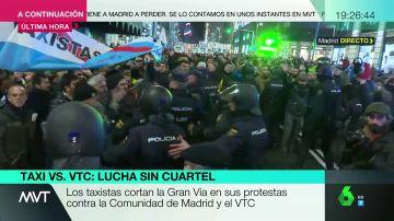 Tensión con la Policía en la manifestación de taxistas