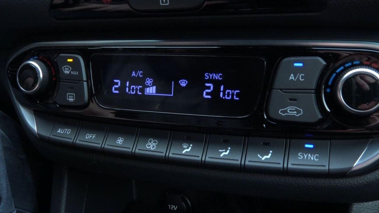El inesperado método para calentar el coche mucho más rápido