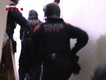 Desarticulada una organización criminal que prostituía a mujeres en Barcelona