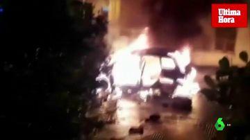 Una mujer quema el coche de su maltratador con él dentro tras sufrir una agresión